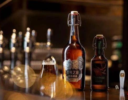 """青島啤酒推出""""百年之旅"""" 售價289元試水超高端市場"""