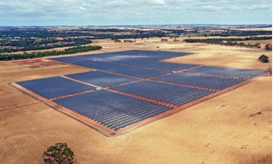 分布式大型太阳能为澳大利亚电网提供了4.3GW的新可再生能源