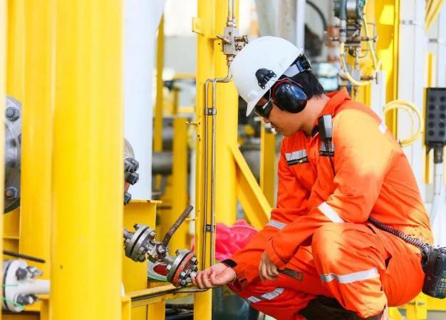 汽油中毒了怎么办 加油站上班的工作人员该如何保护自己