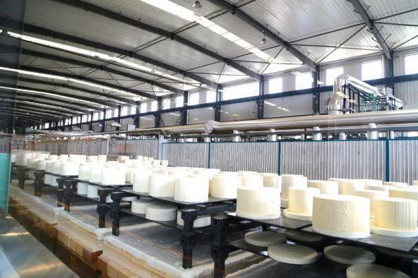 陶瓷材料汽车尾气净化用蜂窝陶瓷材料供不应求 扩产项目加速度