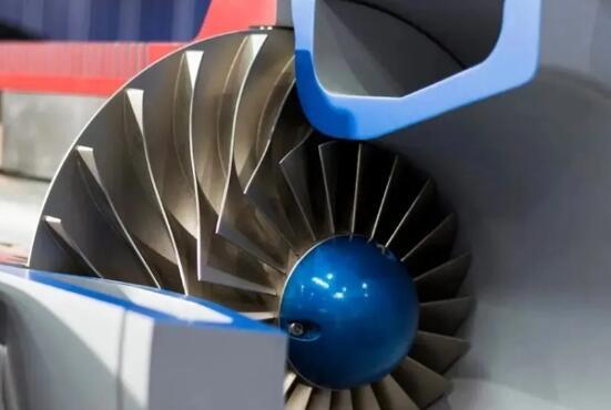 世界首台微铸锻铣装备下线,中国高端数控机床解开世界难题