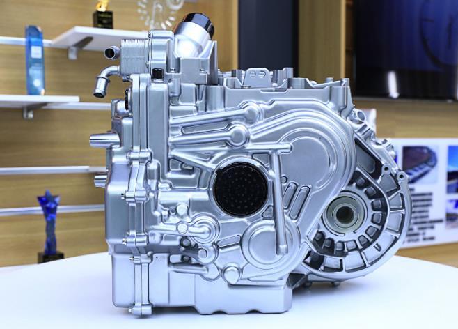 长城汽车柠檬坦克双平台搭载三大混合动力总成系统,推动清洁动力发展