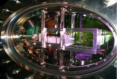 光也能被存储和传输!科学家成功将量子存储器中的光传输了1.2毫米