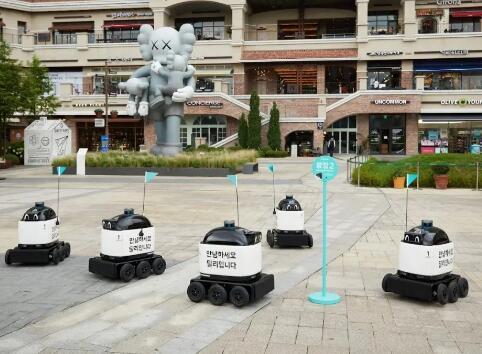 Woowa配送机器人 被允许在楼宇与电梯间穿梭