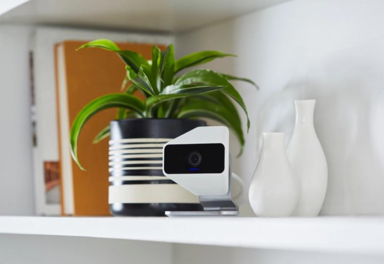 """康卡斯特推出""""自我保护""""家庭安全摄像机,提供高达25英尺的夜视功能"""