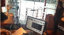 通过玩一个游戏,让机器人自主收集手势和录音进行分析!