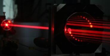 癌症检测新方法:华沙大学开发的光谱测量技术可检测呼吸中的甲醛