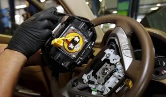 通用汽车因安全气囊问题全球召回约700万辆汽车