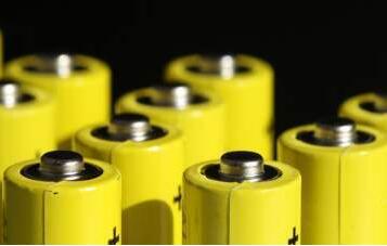 锂电池行业形势向好 锂电板块受券商青睐