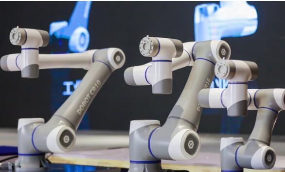 越疆科技发布4款协作机械臂 拥有从500g到16kg 全产品矩阵