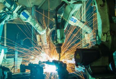 浅谈更智能的工业机器人的未来发展方向
