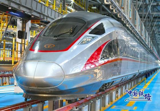 厉害了!可适应零下40摄氏度运行环境的京哈高铁试跑