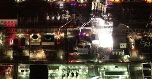 南京扬子石化化工装置发生爆炸事故 年关将近注意化工安全