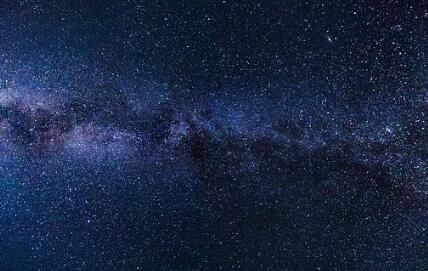哈勃望远镜计算出超新星爆炸的位置和时间