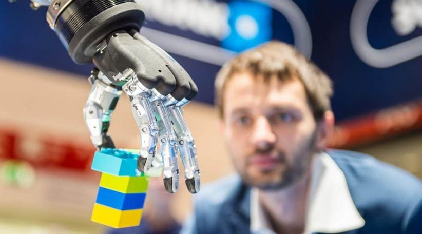 机器人革命如何塑造城市生活方式?