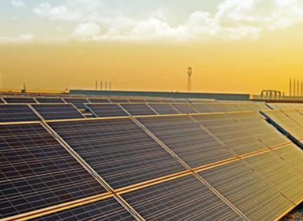隆基500MW双面单晶组件供货美国Strata Solar,出货量首次成为全球第一