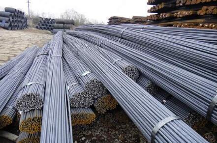 """2021年我国粗钢产量将继续增长 铁矿石全年或呈现""""前高后低""""走势"""
