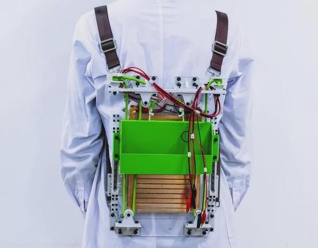 """中科院与清华大学研发出新型背包,从此不再""""负重前行""""?"""