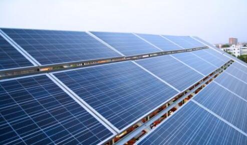 韓國研究院將無機和有機混合的串聯太陽能電池轉換效率提高到18.04%