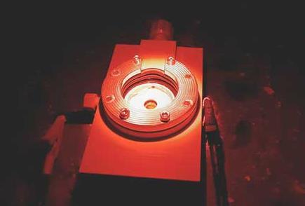 研究人員研發用于生物太陽能電池的新能量轉換層