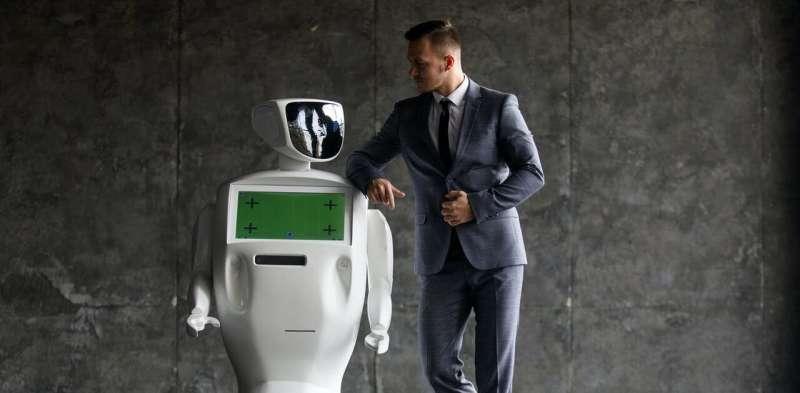 在未来,机器人会与人类成为好朋友吗?