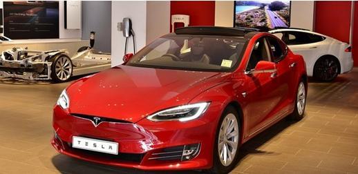 美国汽车制造商2023年将在电气化方面投入2500亿美元
