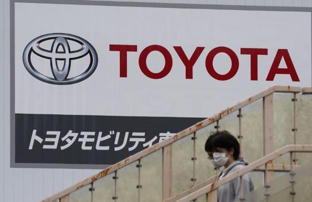 """丰田宣布14条生产线停产,日本福岛地震或加剧汽车产业""""芯片荒"""""""
