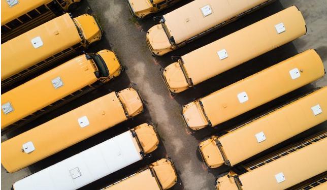 Highland 电力公司筹资2.35亿美元,获得美国最大的电动校车合同