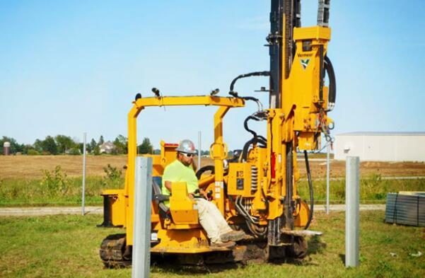 市場對打樁機的需求轉向更小更靈活的設備,如何挑選合適的打樁機?