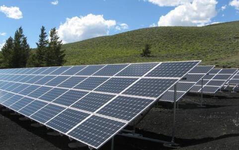 极端天气的激增导致美国太阳能项目保险费飙升