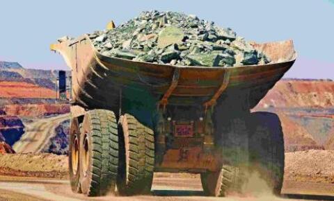 铁矿石短期内供需仍旧偏紧 期价看涨至1200元/吨关口