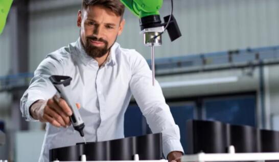 革命性工具!德企业开发了一种机器人编程设备 可进行快速训练