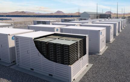 磷酸铁锂电池在光伏储能系统中的使用优势