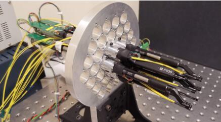微型机器人大军,将天体望眼镜的观测范围扩大一个数量级