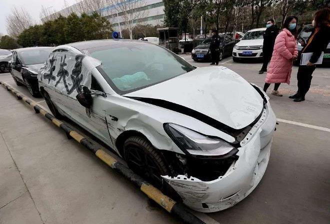 """特斯拉""""前驱版Model 3""""检测报告遭质疑 质量堪忧不配上315晚会吗?"""