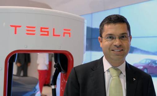 """特斯拉汽车业务总裁Jerome Guillen改任重卡项目负责人,马斯克成""""货币大师"""""""