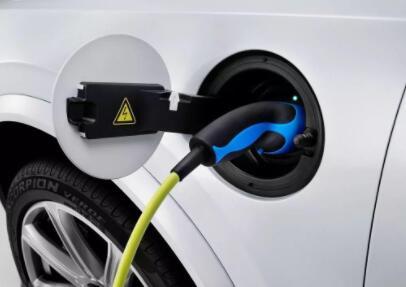 动力工程师开发了线性化电池模型 可优化电动汽车快充技术