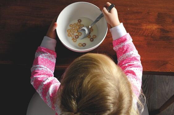 卫健委发布食品安全新国标 婴幼儿配方食品将迎来重大改变