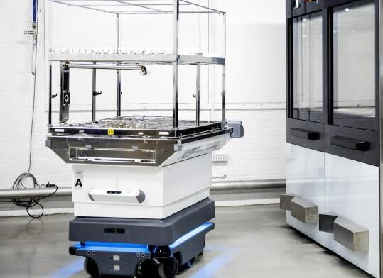 OEM程序可以将MiR移动机器人集成到各种应用程序中