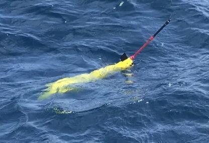 """""""海翼1000mini""""水下滑翔机完成海上试验,最大下潜深度1000米,重量13公斤"""