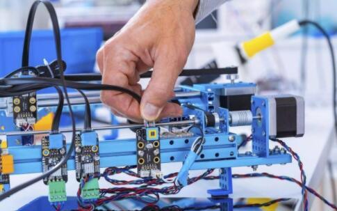 原材料成本上升、供应链中断等因素将会制约全球制造业的复苏