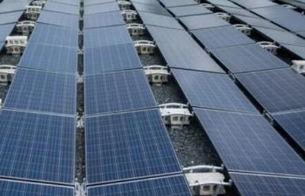 美国政府就特斯拉太阳能着火开展调查,员工称其有设计缺陷
