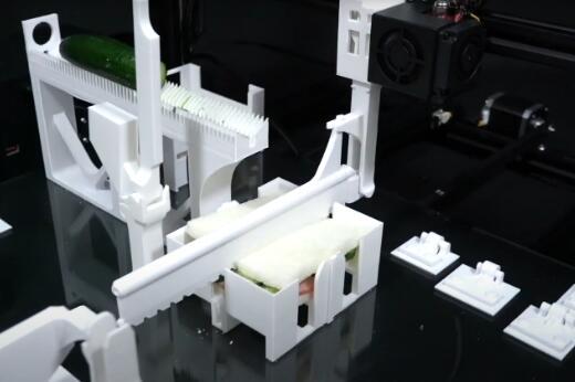 传统的3D打印机已经变成私人订制自动化机器人
