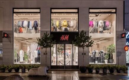 宝成、阿迪达斯代工厂宣布停工!今年的服装业不太平