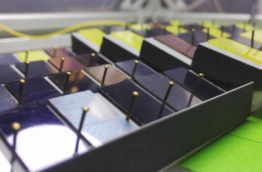 MIT提出新方法 可以快速选择适合的钙钛矿太阳能电池材料