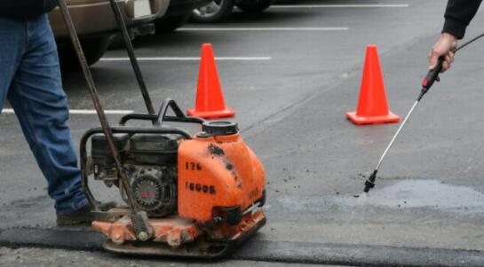 停车场路面维护常见的四个误区 避免采坑!
