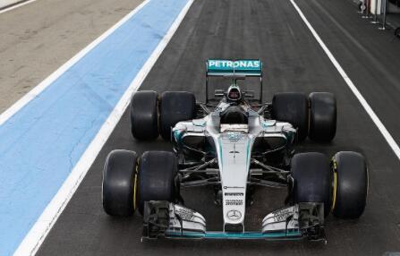 梅赛德斯-AMG定义未来的驾驶性能