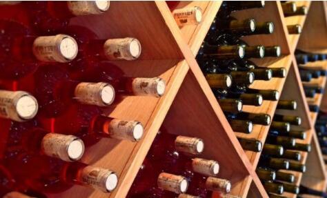 中国向澳葡萄酒征收5年反倾销税,已有11286升被查封