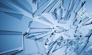 中科院揭示空化在玻璃破裂中的作用,或有助于开发更坚固的材料