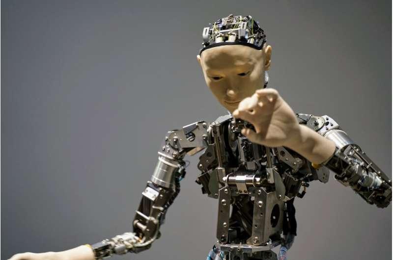 当机器人犯错时,人们对人形机器人的热情可能会变得冰冷